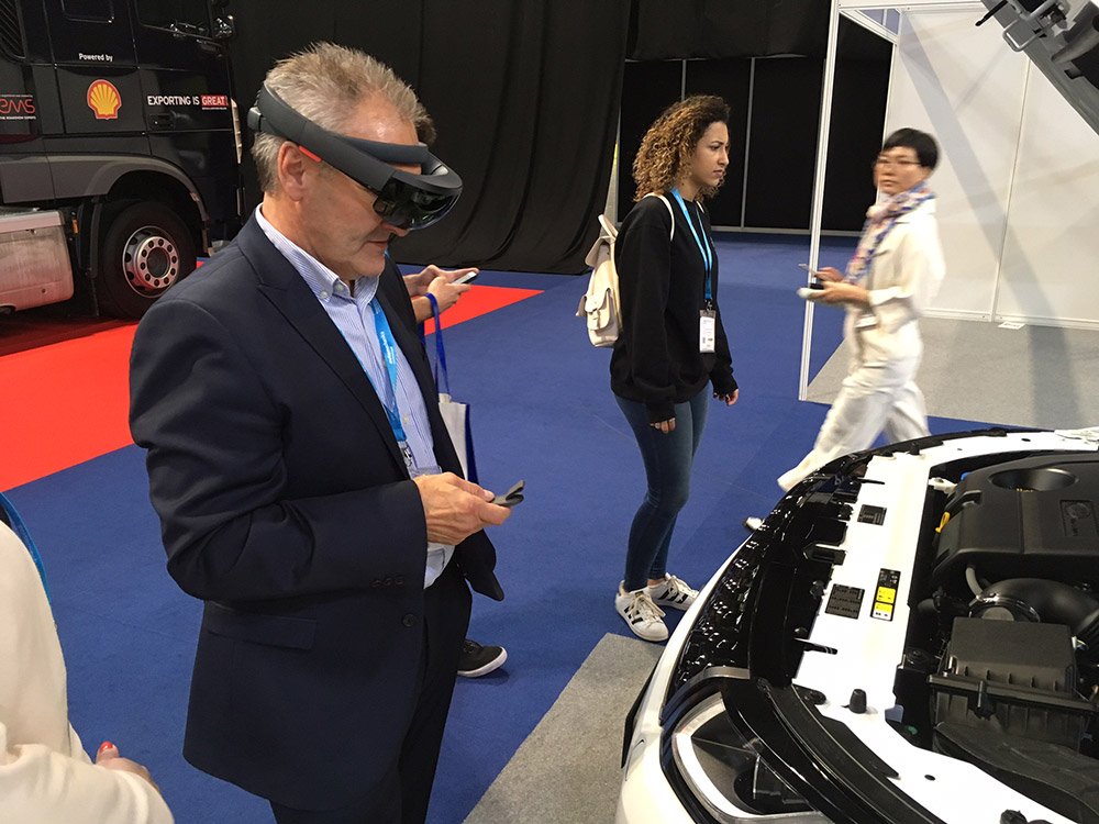 Virtual Reality in Automotive